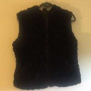 Gorgeous Black Faux Fur Cejon Vest